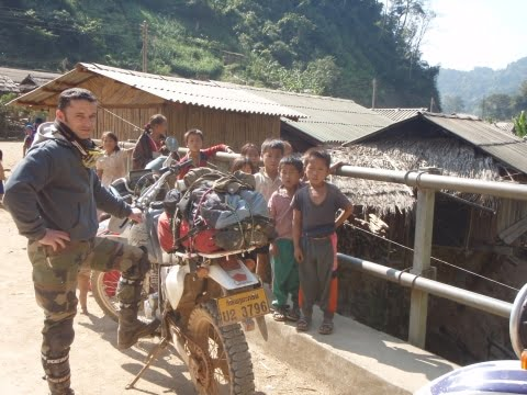 [VIDEO] Raid moto au LAOS